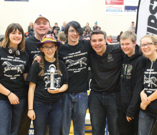 photo by Lori Birch HEADED TO STATE! Team 8805 the Mustang Mechanist took home the Inspire award at the West Slope Qualifier. Team members include: Sierra Bensing, Connor Babcock, Jessica Gregory, Ian Rountree, Jayden Edson, Dominik Stefanik and Danielle DeMattos.